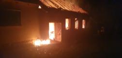 Családi ház égett ki Bakonytamásiban1